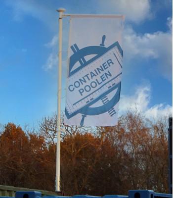 Flaggstång - flagga till container